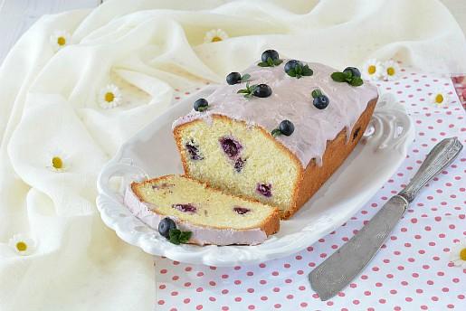 Lemon Pound Cake ai mirtilli