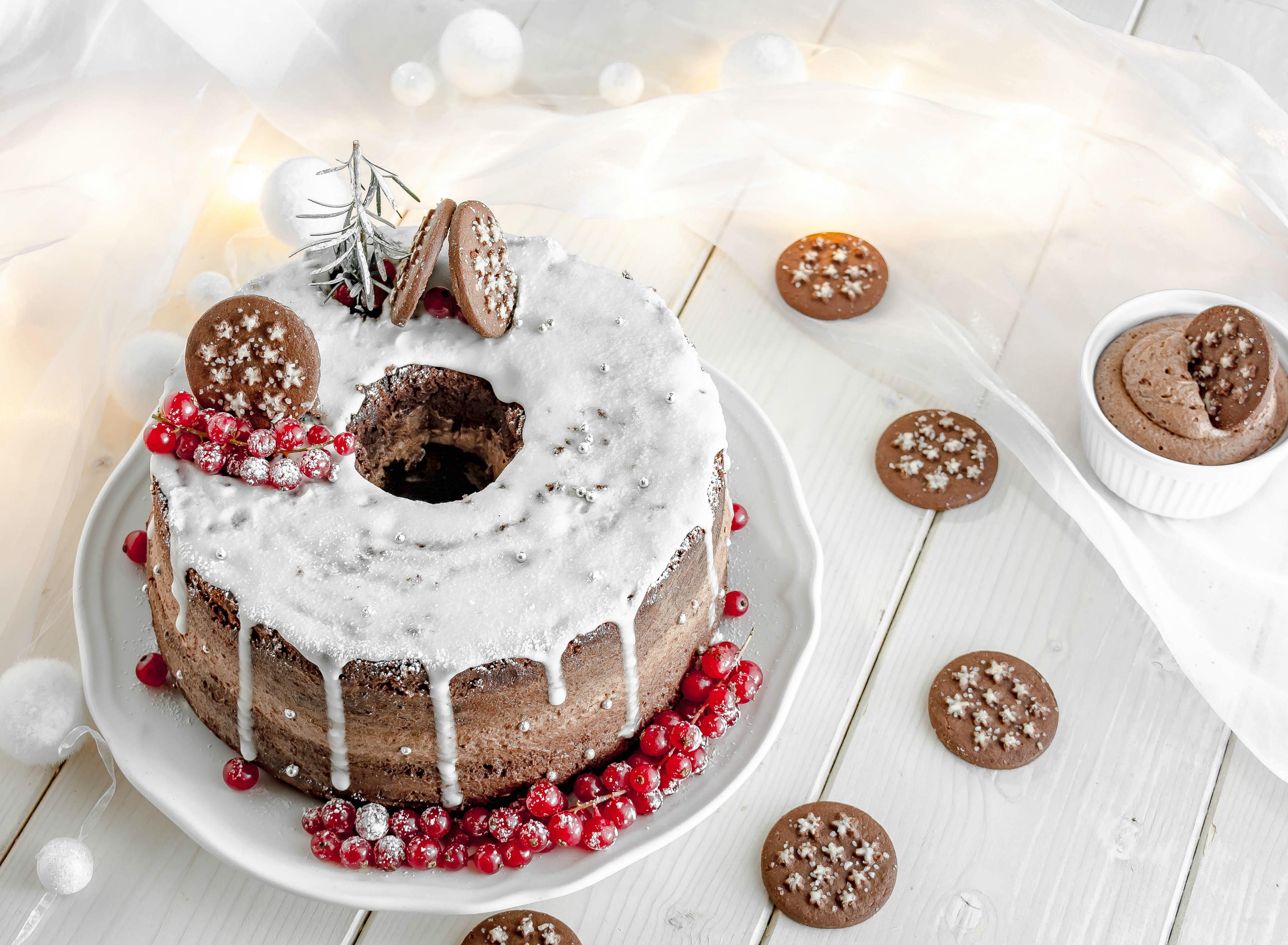 Torte Decorate Per Natale chiffon cake al doppio cioccolato con crema alle nocciole e